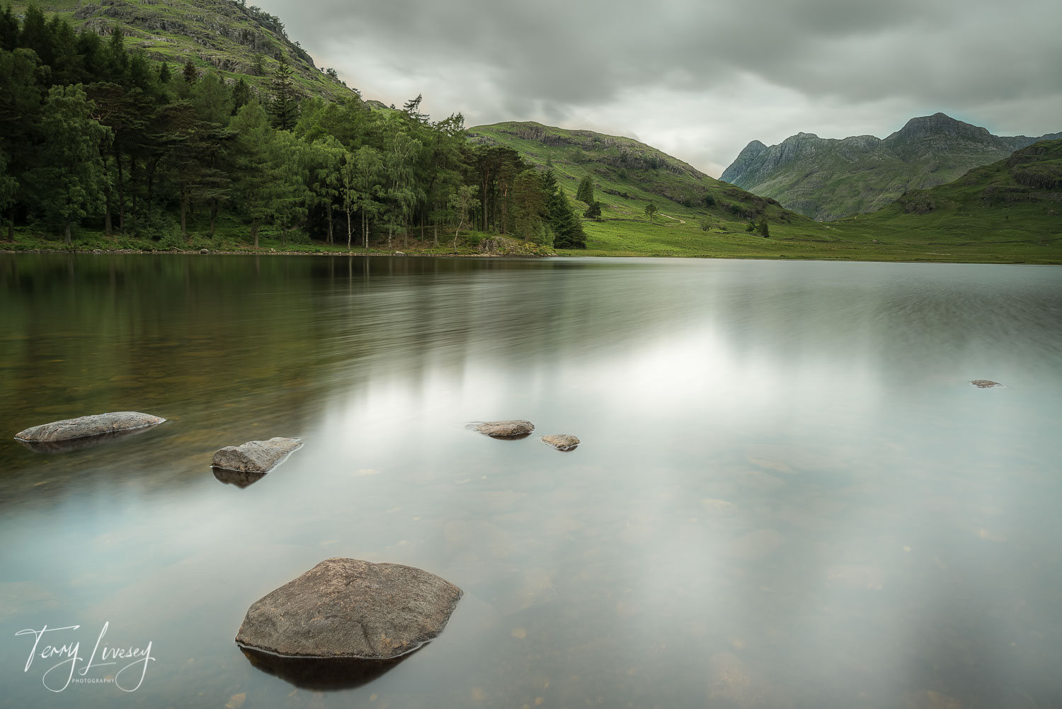 The Lake District never fails to deliver a location. A Lee Filters Big Stopper was to put streaks in the water which was gently being moved by small breeze.