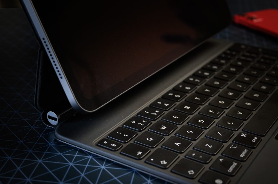 Apple iPad Pro Magic Keyboard
